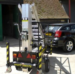 Monkey Tower can be towed by any car or van